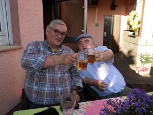 Walter Fritz, Schriftführer, sowie Hans Esterluss, 1. Vorsitzender